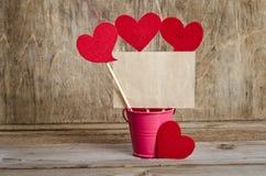 Handmade skewers z sercami i kawałkiem stary papier Zdjęcia Stock