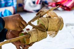 Handmade tkactwa bambusowy kosz Stosował bawić się zabawkę Zdjęcia Royalty Free