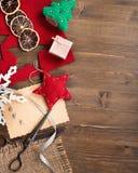 Handmade wakacyjni roczników nożyce i dekoracje fotografia royalty free