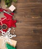 Handmade wakacyjni roczników nożyce przy lewą stroną i dekoracje obraz royalty free
