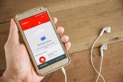 Handmann, der Smartphone oder Handy hält Lizenzfreies Stockbild