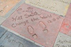 Handprint和SignatureTCL中国剧院是在好莱坞星光大道的一个戏院在洛杉矶 免版税库存照片