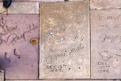 Handprints Энн Baxter стоковое изображение rf