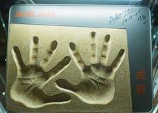 Handprints Jackie Chan od alei gwiazdy, Hong Kong Obraz Royalty Free