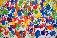 Handprints på en vit vägg Royaltyfri Foto