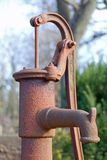 Handpumpe. Stockfotografie