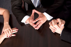 Hands of explaining boss Royalty Free Stock Photos