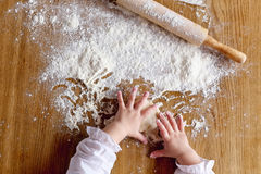 Hands and flour Royalty Free Stock Photos