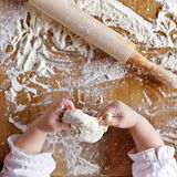 Hands and flour Royalty Free Stock Photography