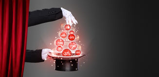 Hands of the magician and top hat on stage Royalty Free Stock Photography