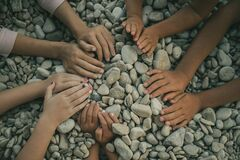 Free Hands Of Five Children Making A Circle Royalty Free Stock Images - 170897529