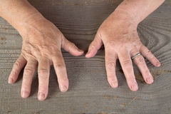 Hands of the old woman Royalty Free Stock Images