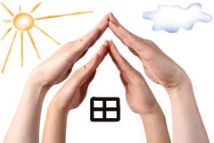 Hands show family house concept Royalty Free Stock Photos