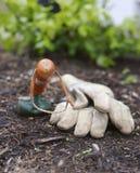 Handschoenen en Schop Royalty-vrije Stock Fotografie
