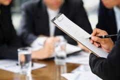 Handschreiben mit Sektorleuten Lizenzfreie Stockfotos