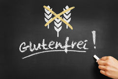 Handschrift in Deutscher Glutenfrei-Gluten geben auf Tafel frei Lizenzfreie Stockbilder