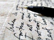 Handschrift op bruin servet stock foto's