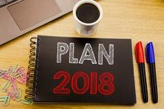Handschrifts-Mitteilungstext, der Plan 2018 zeigt Geschäftskonzept für den Planungsstrategie-Aktionsplan geschrieben auf Notizbuc lizenzfreie abbildung