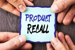 Handschrifts-Mitteilungstext, der Rückruf eines fehlerhaften Produktes zeigt Begriffsfoto Rückruf-Rückerstattungs-Rückkehr für di lizenzfreies stockfoto