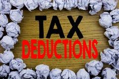 Handschrifts-Mitteilungstext, der Steuerabzüge zeigt Geschäftskonzept für Finanzden ankommenden Steuer-Geld-Abzug geschrieben auf Lizenzfreies Stockfoto