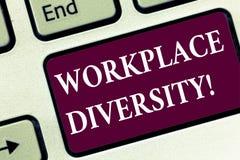 Handschriftstext Arbeitsplatz-Verschiedenartigkeit Geschlechts-Alterssexuelle neigung der Konzeptbedeutung unterschiedliche Rennd stockfoto