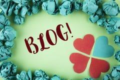 Handschriftstext Blog-Motivanruf Konzept, das Preperation des attraktiven Inhalts für die blogging Website geschrieben auf Ebene  Lizenzfreies Stockfoto