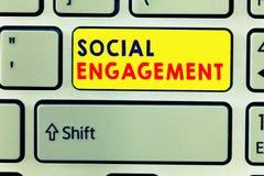 Handschriftstext, der gesellschaftliche Verpflichtung schreibt Konzept, das Grad der Verpflichtung in einer Online-Community oder stock abbildung