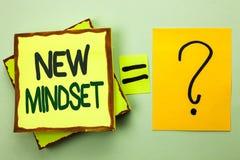 Handschriftstext, der neue Denkrichtung schreibt Konzeptbedeutung Haltungs-spätestes Konzept-Visions-Verhalten-Plan-Denken geschr Lizenzfreies Stockfoto