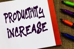 Handschriftstext Produktivitätszunahme Konzeptbedeutung erhalten mehr Sachen erfolgten Ertrag pro Einheit von Produkt-Input offen stockfotos