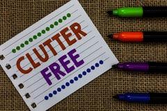 Handschriftstext-Schreiben Unordnung geben frei Konzept, das gut organisiertes und vereinbartes sauberes alle Sachen im rechten P lizenzfreies stockfoto