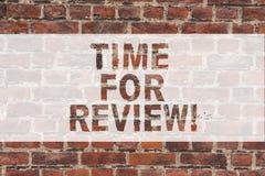 Handschriftstext-Schreiben Zeit für Bericht Konzeptbedeutung Bewertungs-Feedback-Moment Perforanalysisce Rate Assess Brick stockfotos