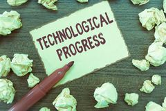 Handschriftstext technologischer Fortschritt Konzeptbedeutung Gesamtprozeß der Erfindungs-Innovations-Diffusion stockfotografie