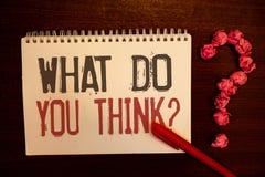 Handschriftstext, was Sie Frage denken Konzeptbedeutung Meinungs-Gefühl-Kommentar-Urteil-Überzeugungsrötliches Papierballst. lizenzfreie stockbilder