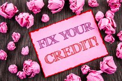 Handschrifttekst die Moeilijke situatie Uw Krediet tonen Bedrijfsfoto die Slechte die Scoreclassificatie Avice Fix Improvement Re royalty-vrije stock fotografie