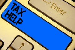 Handschrifttekst het schrijven Belastingshulp Concept die Hulp van de verplichte bijdrage tot het blauw van het de opbrengsttoets royalty-vrije stock fotografie