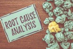 Handschrifttekst het schrijven de Analyse van de Worteloorzaak Het concept die Methode van Probleem het Oplossen betekenen identi stock afbeelding