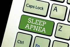 Handschrifttekst het schrijven Slaap Apnea Concept die de tijdelijke onderbreking van ademhaling betekenen tijdens slaap het Snur stock afbeelding