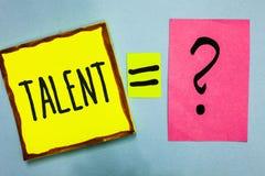 Handschrifttekst het schrijven Talent Concept die Natuurlijke capaciteiten van mensen betekenen die gespecialiseerde vaardigheden stock foto's