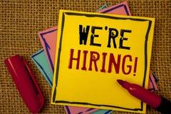 Handschrifttekst huren wij Motievenvraag Concept die Talent betekenen die Job Wanted Recruitment jagen stock fotografie