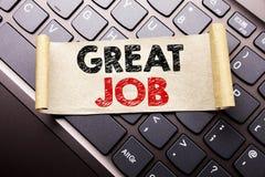 Handschrifttext-Titelinspiration, die großen Job zeigt Geschäftskonzept für die Erfolgs-Anerkennung an geschrieben auf klebriges  lizenzfreie stockbilder
