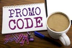 Handschrifttext-Titelinspiration, die Promo-Code zeigt Geschäftskonzept für Förderung für das on-line-Geschäft geschrieben auf Br Lizenzfreies Stockbild