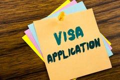 Handschrifttext-Titelinspiration, die Visumsantrag zeigt Geschäftskonzept für Pass Apply geschrieben auf klebriges Briefpapier O lizenzfreie stockfotografie