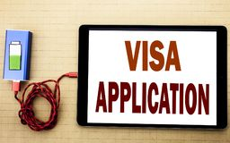 Handschrifttext-Titelinspiration, die Visumsantrag zeigt Geschäftskonzept für Pass Apply geschrieben auf Tablettenlaptop mit stockbilder