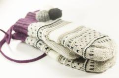 Handschuhe und Handschuhe Wollen Stockfotos