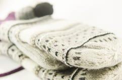 Handschuhe und Handschuhe Wollen Lizenzfreie Stockfotos