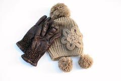 Handschuhe und warmer Hut Stockfotografie