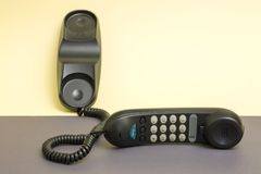 Handset i załatwiający telefon z brzmienia wybierać numer Fotografia Stock