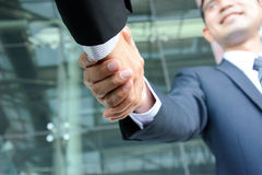 Handshake of businessmen Royalty Free Stock Photos