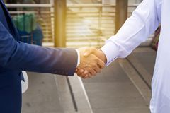 Handshake on deal success Royalty Free Stock Photos