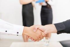 Handshake of two businessmen Royalty Free Stock Photos
